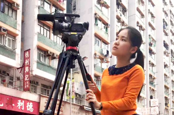 Jasmine aspires to become a media expert for NGOs, applying the journalism knowledge she acquired at the University while also serving the underprivileged population.