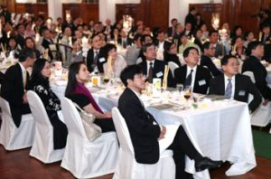 Donors, dinner and candlelight in Loke Yew Hall