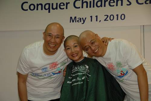 HKU Professors Turn Bald to Support Kids with Cancer
